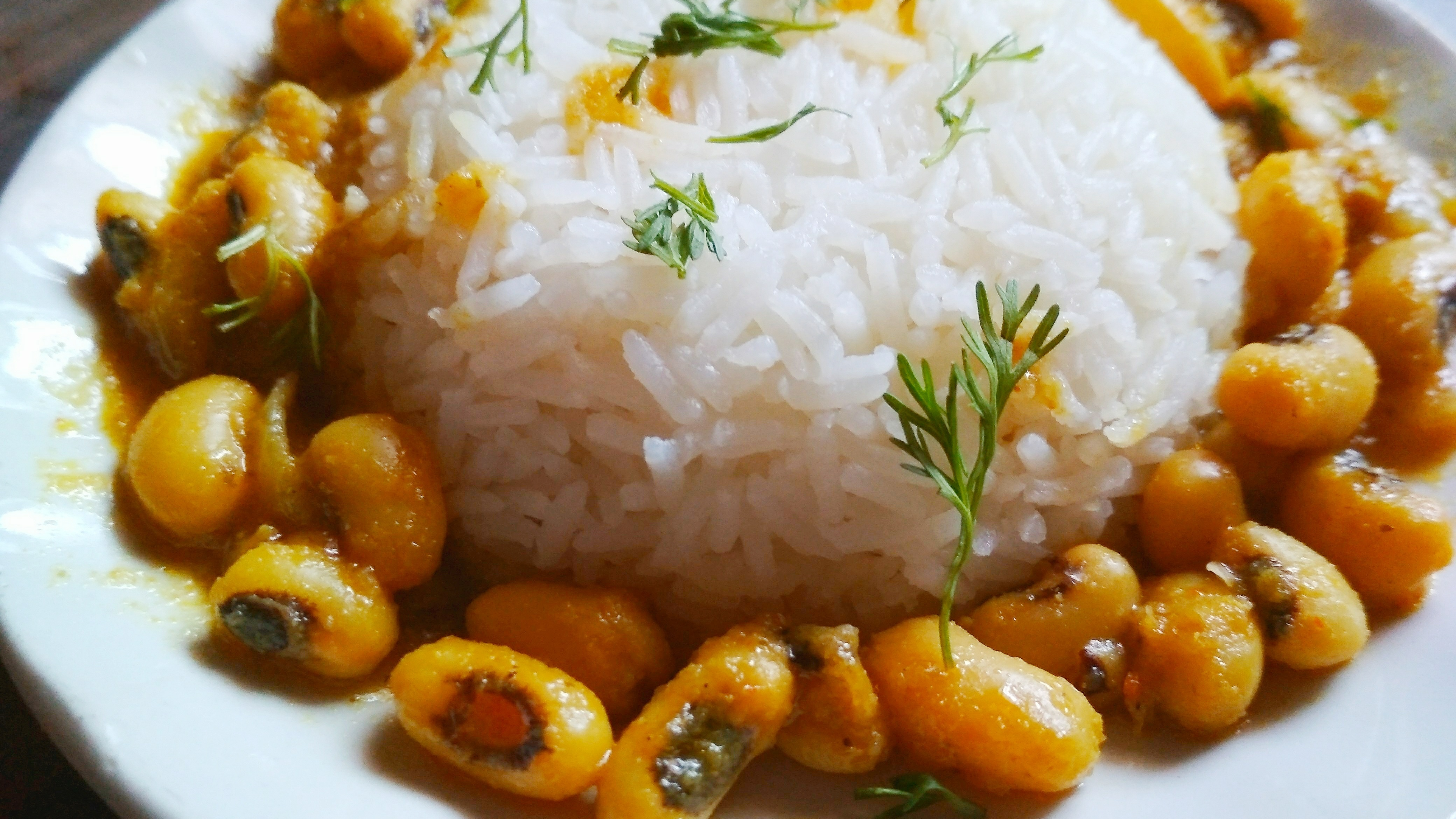 white soybean curry