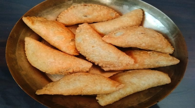 Coconut Gujiya Recipe